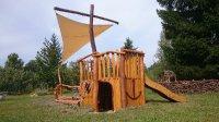 Dětské hřiště loď