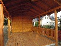 Akátové dřevo